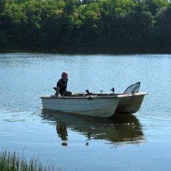 camping avec lac de pêche